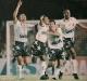 Sandro, Juari, Alessandro e Ronaldão comemoram o gol d e empate que dá o título ao Santos.
