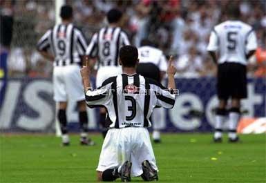 leo_reza_penalti_gol_robinho