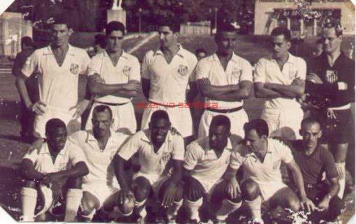 1959-fiotti-alvaro-ramiro-mourao-zito-e-laercio-agachados-dorval-jair-rosa-pinto-coutinho-pele-e-pepe