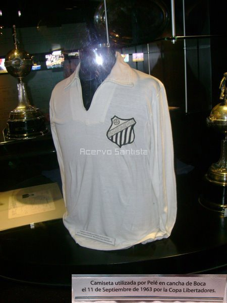 museu-boca-juniors-camisa-do-santos-de-pele-3